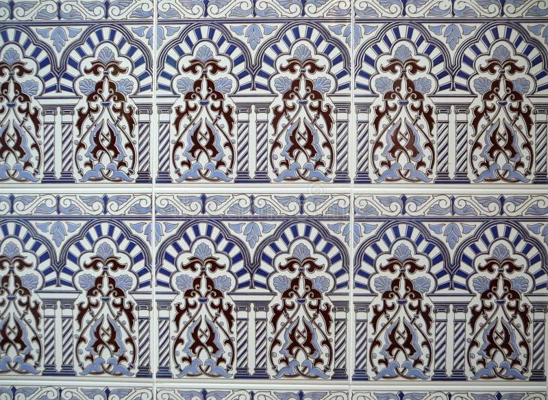 装饰蓝色墙壁瓦片 库存照片