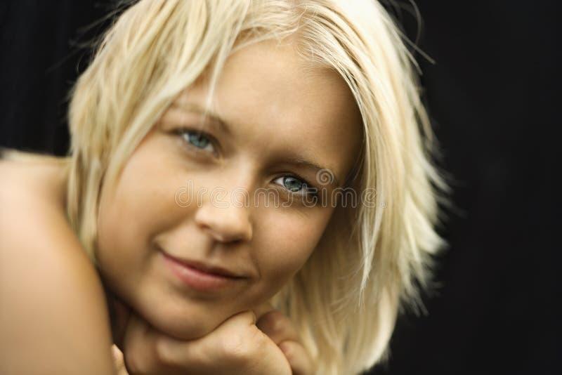 裸体微笑的妇女 图库摄影