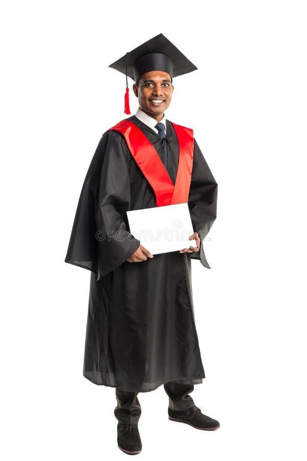 褂子和盖帽的男性非裔美国人毕业生 库存照片