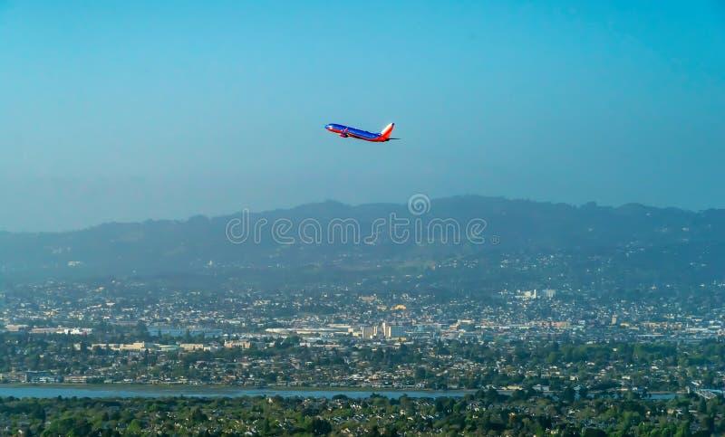 西南航空飞机离去奥克兰国际Aiport 库存图片