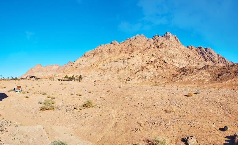 西奈沙漠,埃及红色岩石  库存照片