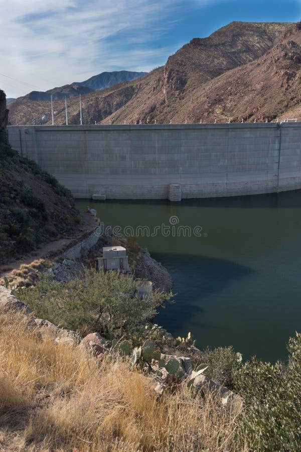 西奥多・罗斯福水坝在南亚利桑那 免版税库存图片