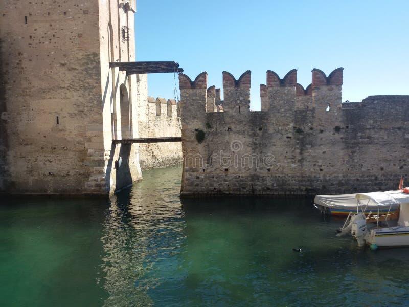 西尔苗内城堡意大利 免版税库存图片