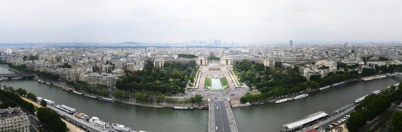 西方埃菲尔北部全景巴黎的塔 库存照片