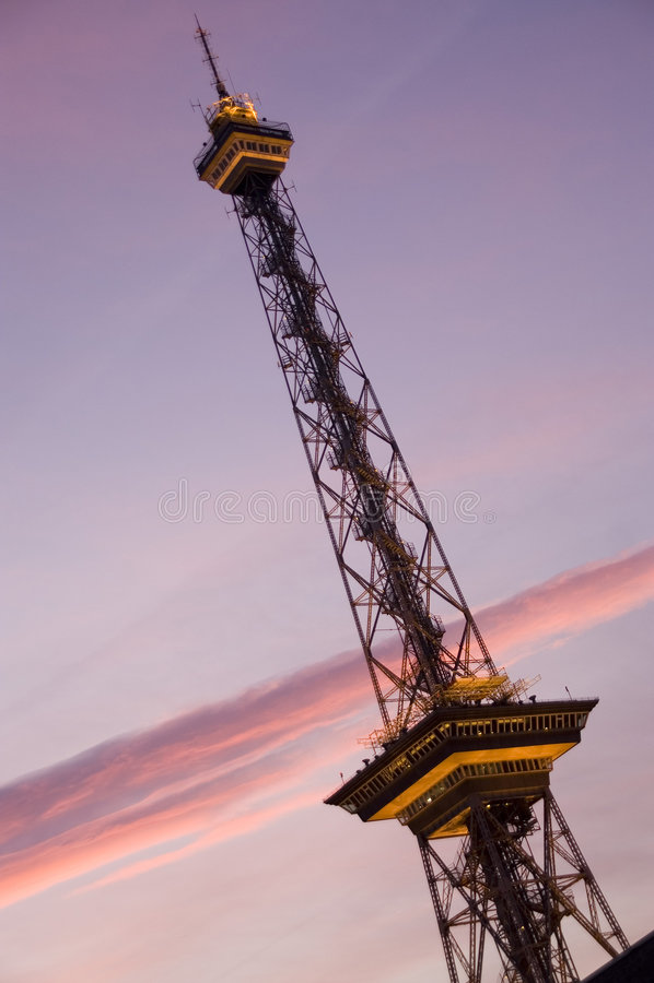 西方第2个柏林的无线电铁塔 免版税库存照片