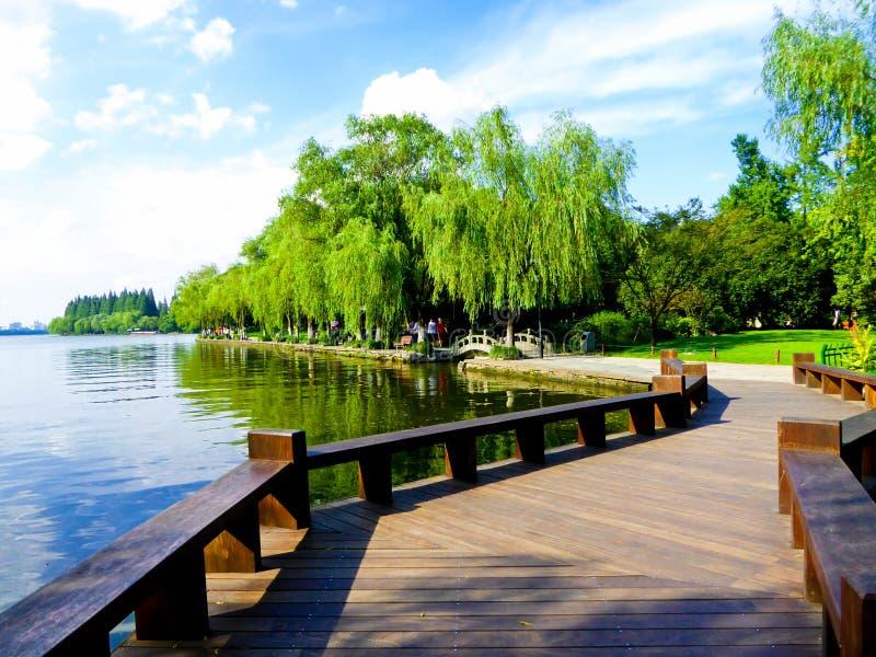 西湖文化风景Su堤道  图库摄影