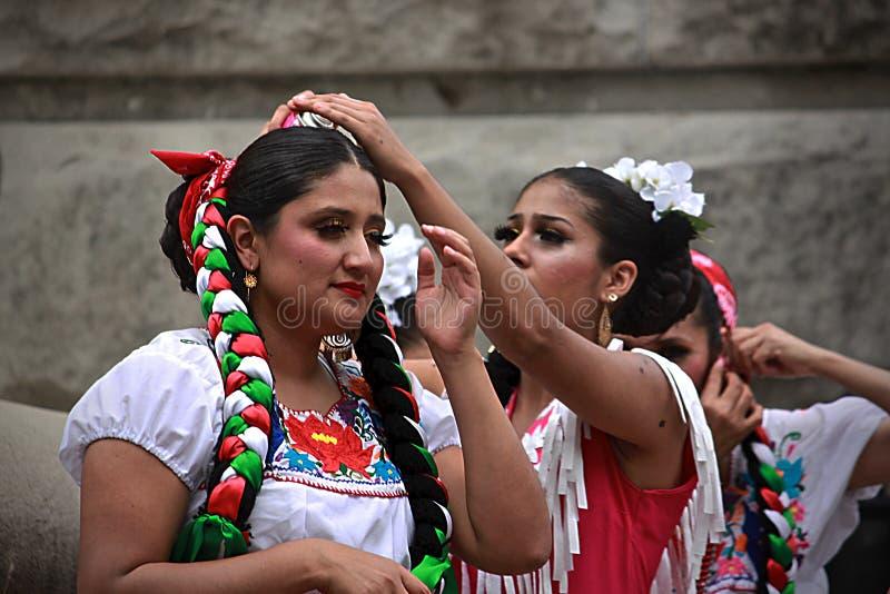 西班牙人舞蹈- 8 免版税图库摄影