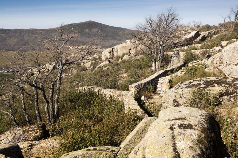 西班牙内战的痕迹 拉格兰哈争斗山的 免版税库存图片