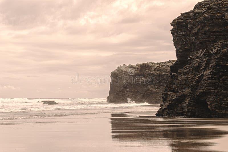 西班牙加利西亚的主教座堂海滩 免版税库存照片