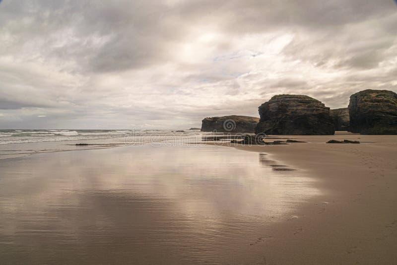 西班牙加利西亚的主教座堂海滩 免版税库存图片