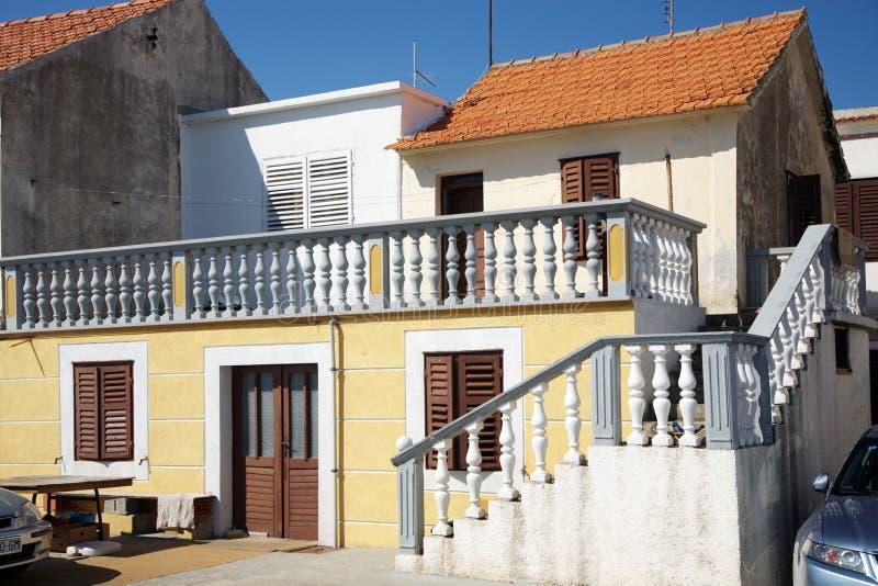 西班牙样式的美丽的房子 库存图片