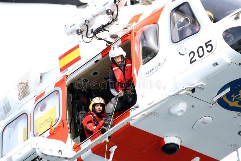 西班牙海救援队的直升机 免版税库存照片