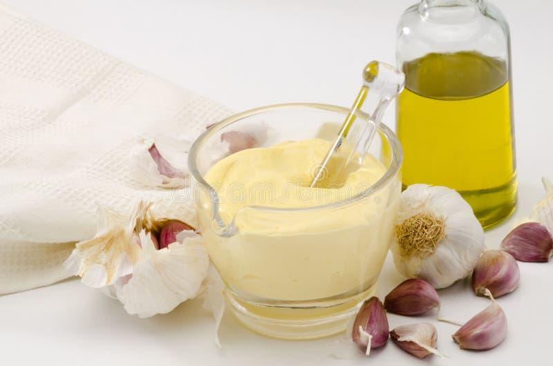 大蒜蛋黄酱调味汁。 Alioli。 免版税图库摄影