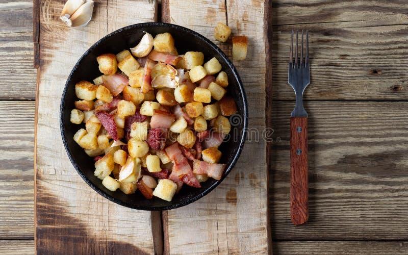 西班牙烹调-从面包的migos传统盘  免版税库存图片
