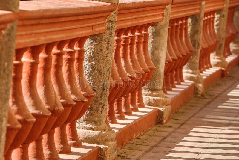 西班牙石栏杆在墨西哥 库存照片