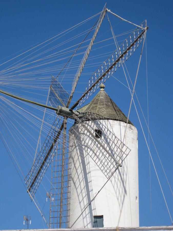 西班牙风车 免版税库存照片