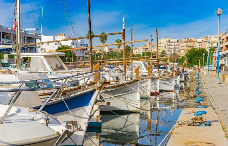 西班牙马略卡海岛,波尔图Christo港口散步  免版税库存图片