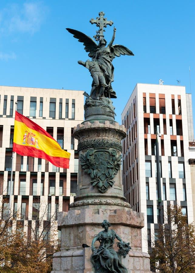 西班牙/欧洲萨拉戈萨;12/1/2019:西班牙萨拉戈萨市中心的西班牙广场 免版税库存照片