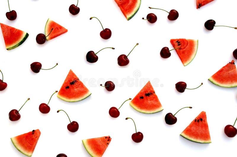 西瓜和樱桃新鲜水果顶视图 库存照片