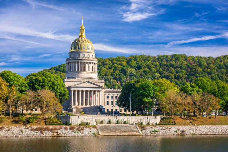 西维吉尼亚状态国会大厦在查尔斯顿,西维吉尼亚,美国 免版税库存照片