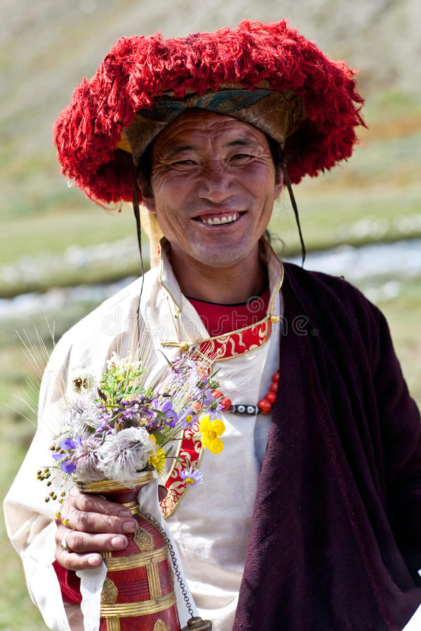 Download 西藏修士 编辑类库存照片. 图片 包括有 国籍, 装饰品, 五颜六色, 尼泊尔, 旅途, 喇嘛, 的btu - 27271963