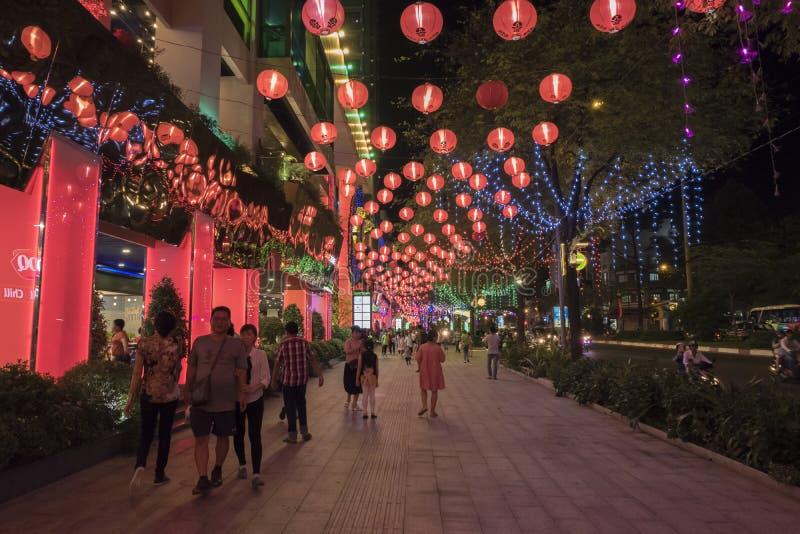 西贡,越南- 2018年2月19日-泰特的装饰庭院购物中心的,购物中心最大在中国镇,第5区,Ho池氏M 库存图片