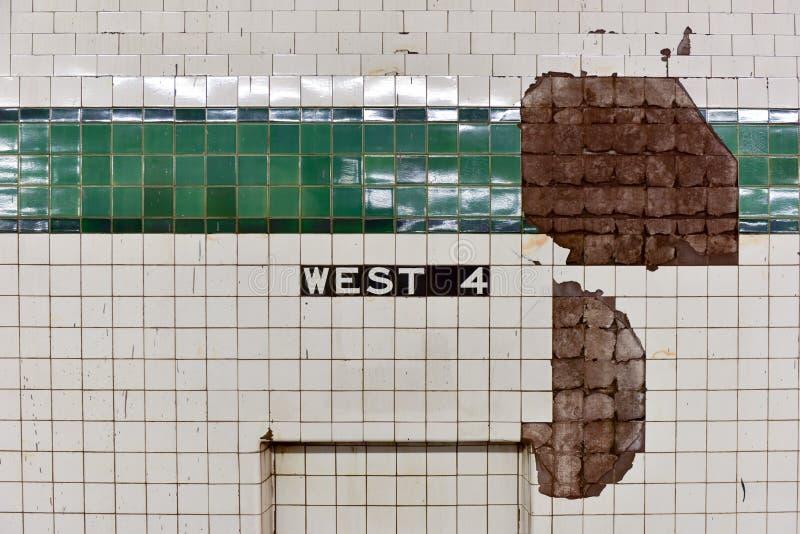西部第四街道地铁中止- NYC 库存照片