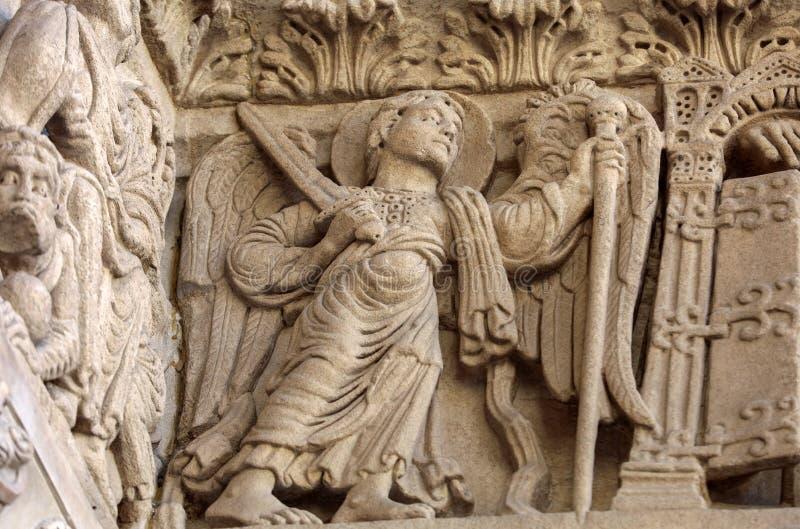 西部门圣徒Trophime大教堂的细节在阿尔勒,法国 Bouches du罗讷 免版税库存照片