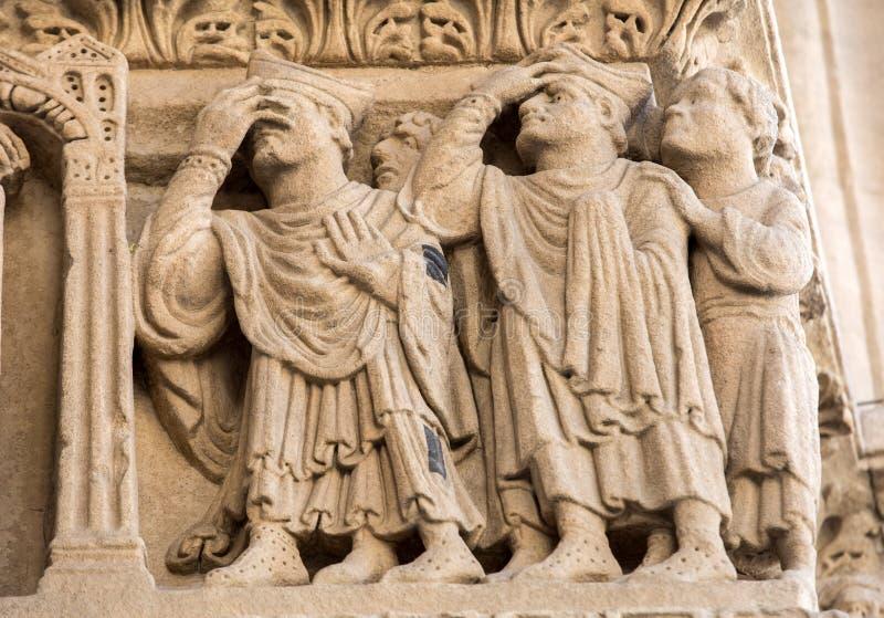 西部门圣徒Trophime大教堂的细节在阿尔勒,法国 Bouches du罗讷 库存图片