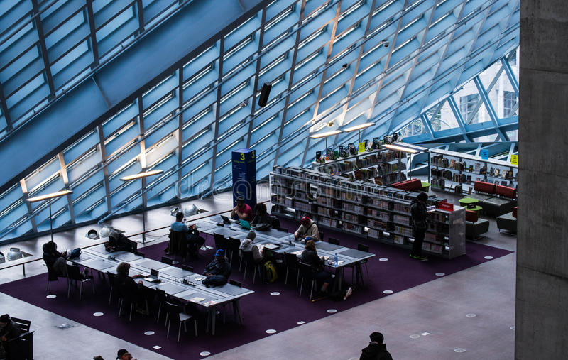 西雅图公立图书馆内部 免版税图库摄影