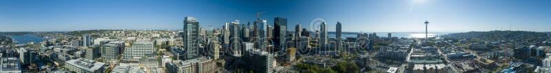 西雅图,华盛顿美国街市地平线360视图 库存照片