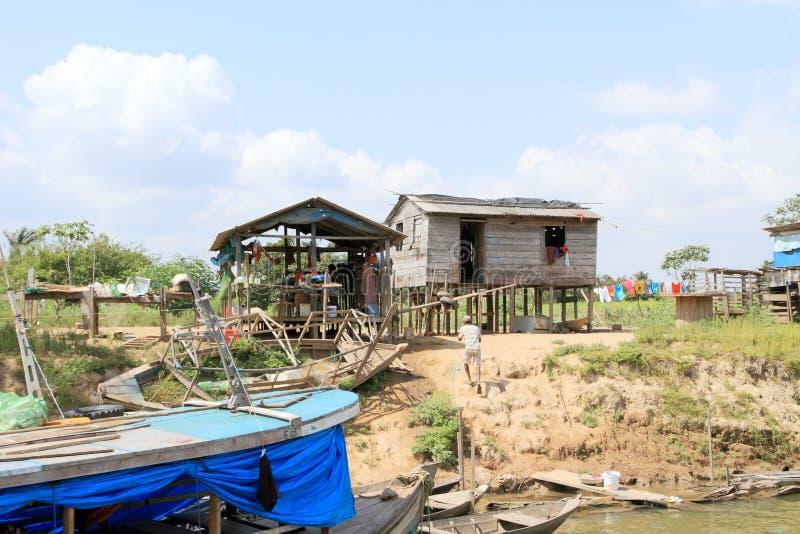 巴西, Santarém :居住在亚马孙河-江边家 库存照片