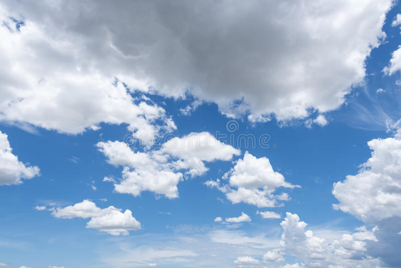 覆盖天空 图库摄影