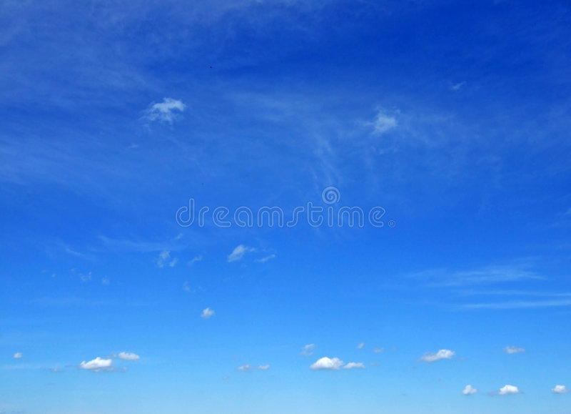 覆盖小的天空 库存图片