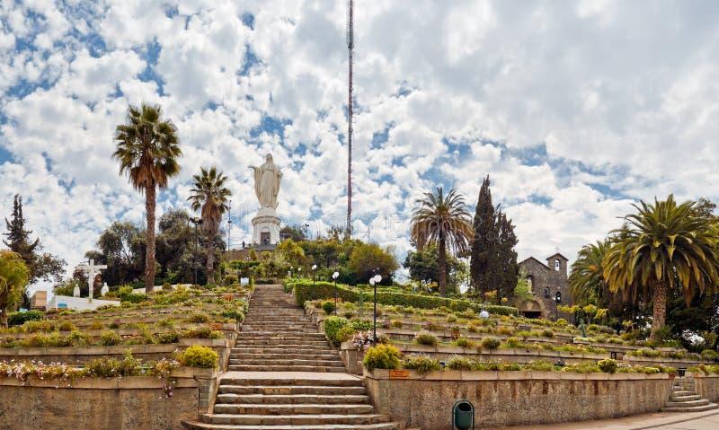 覆盖cristobal庭院小山圣包围 库存照片
