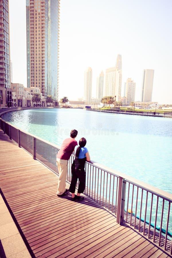 观光在迪拜的游人 图库摄影