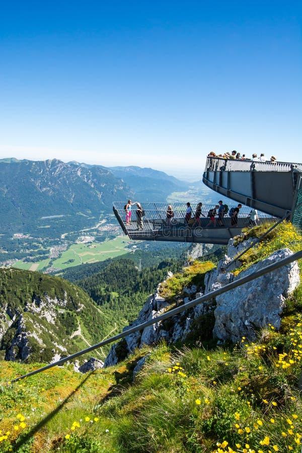 观察台在阿尔卑斯 免版税库存照片