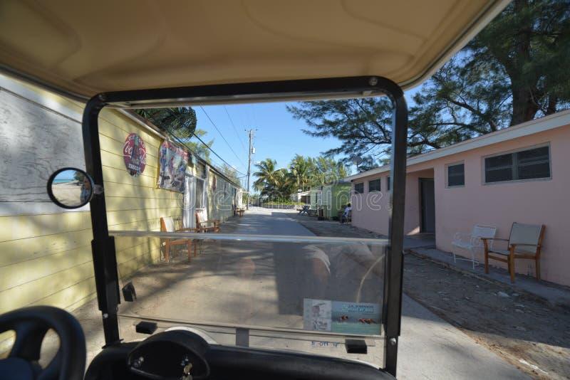 观察Bimini海岛街道 免版税库存图片