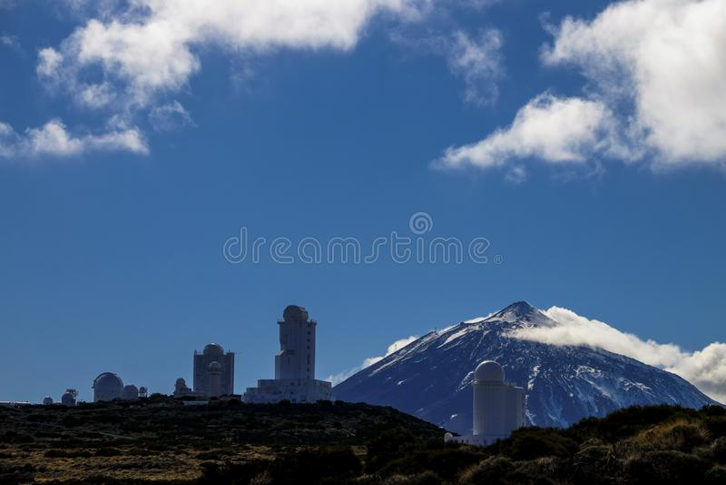 观测所星在el teide vulcan山附近停放 免版税图库摄影