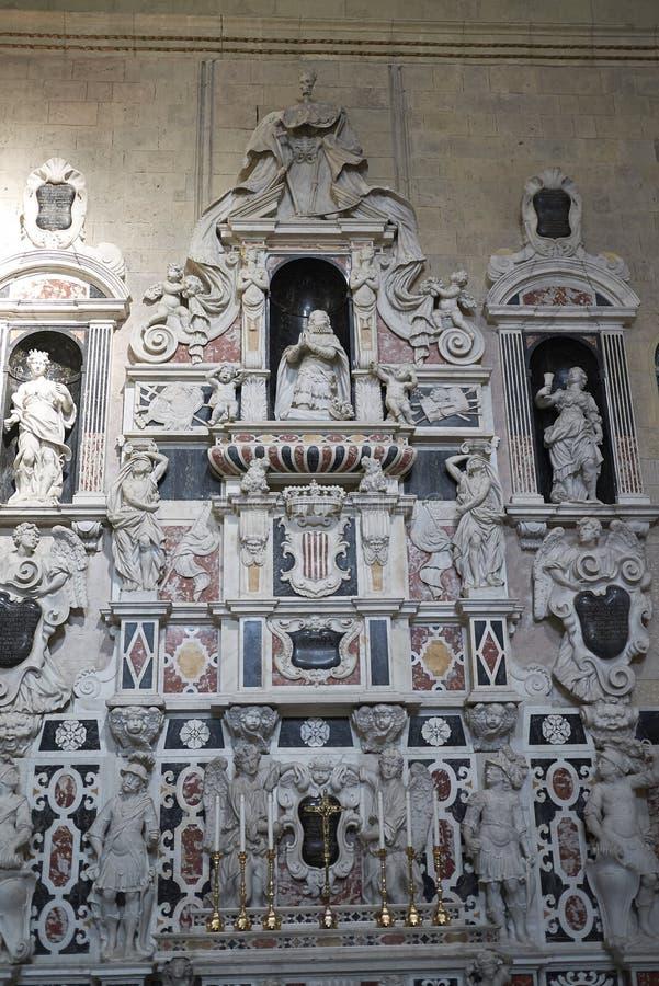 观点的Mausoleo di马蒂诺D阿拉戈纳il Giovane 图库摄影