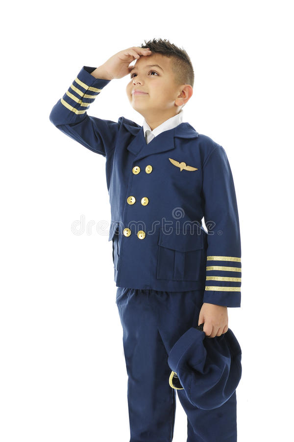 观看他的飞机的年轻航空公司飞行员进来 库存图片