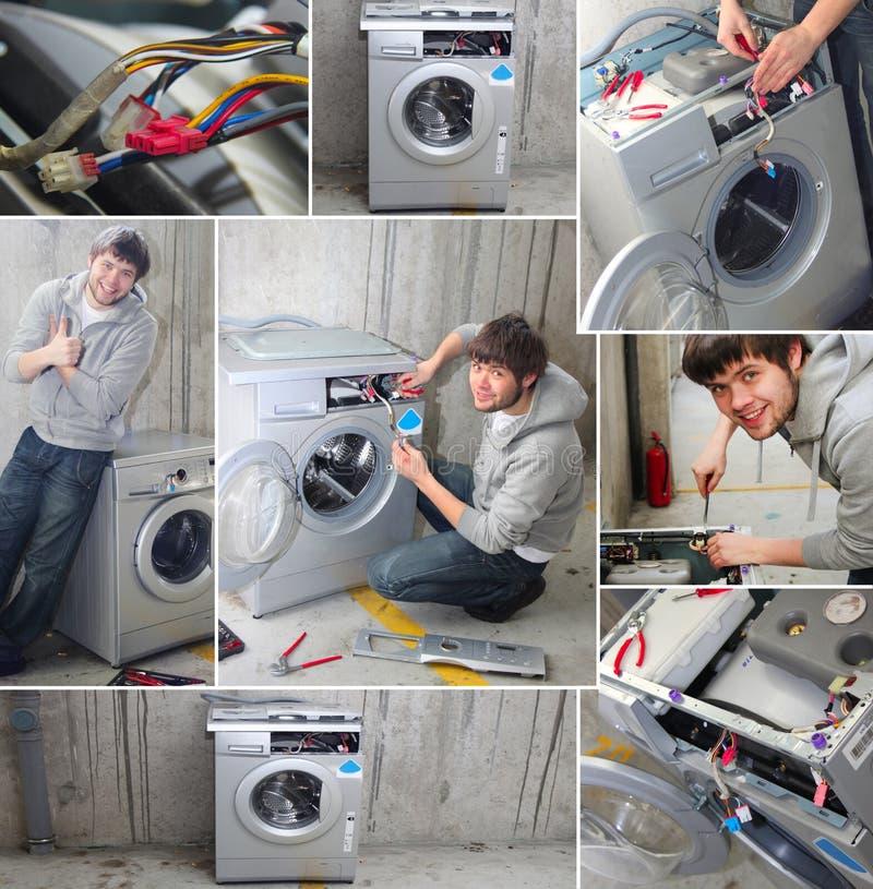 解决设备管道工洗涤的年轻人 免版税图库摄影