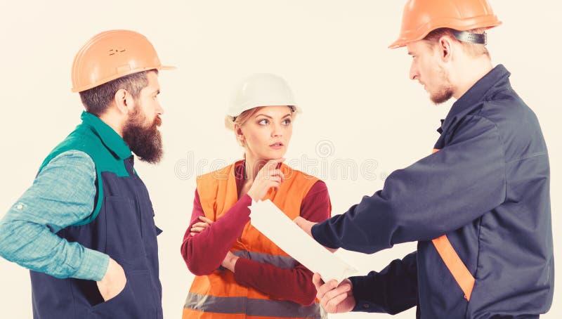 解决问题概念 建造者和工程师发现了 免版税库存图片