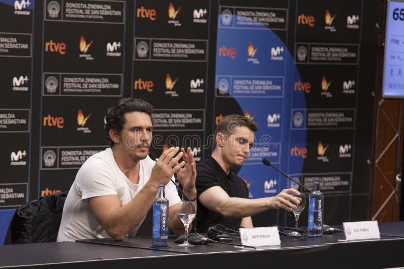 詹姆斯·弗兰科和戴夫·弗兰科在圣塞巴斯蒂安灾难艺术家新闻发布会上 库存照片