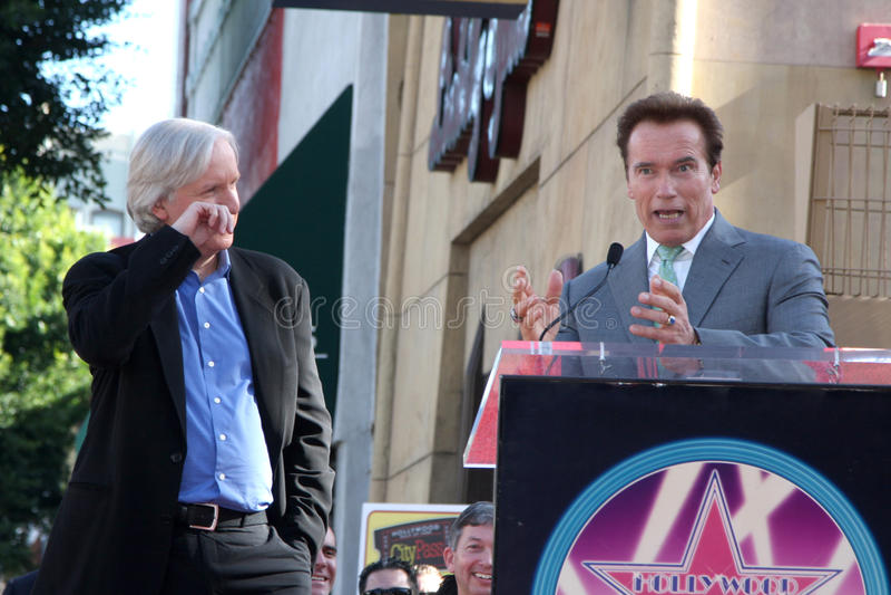 詹姆斯・卡梅伦, Arnold Schwarzenegger 图库摄影