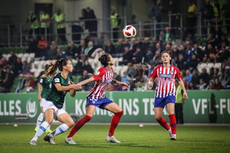 詹尼弗行动的Hermoso丰特斯,在比赛UEFA妇女` s期间拥护同盟 库存照片