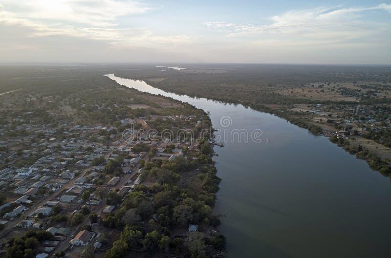詹江布尔的冈比亚河 库存图片