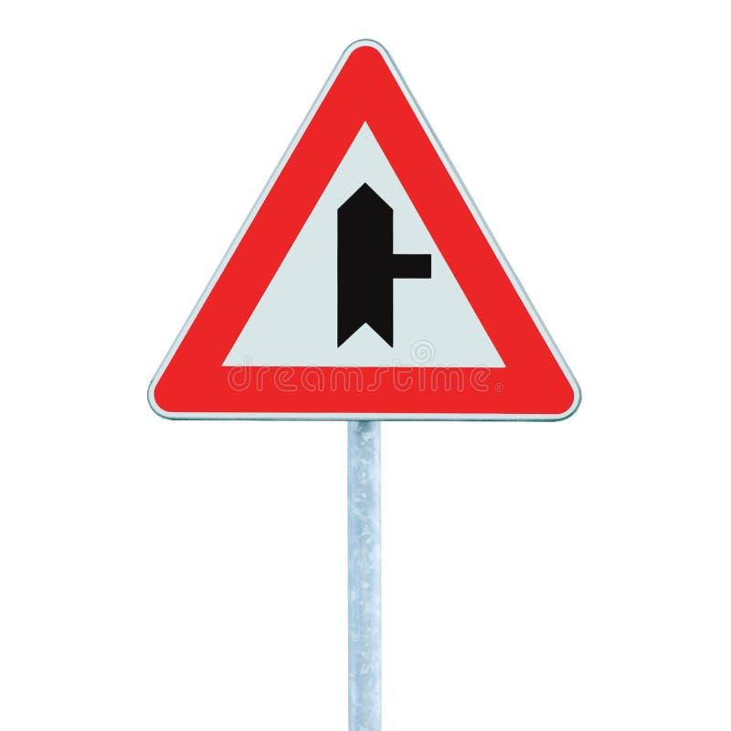 警告的交叉路主路标志,波兰人岗位,权利,被隔绝的特写镜头 免版税库存照片