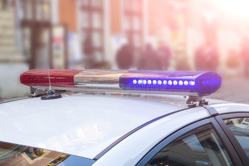 警察光和警报器在汽车 免版税库存图片