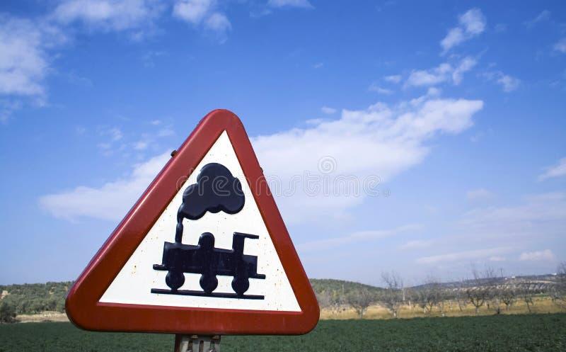 警报信号被佩带平交路口,不用障碍 免版税库存图片